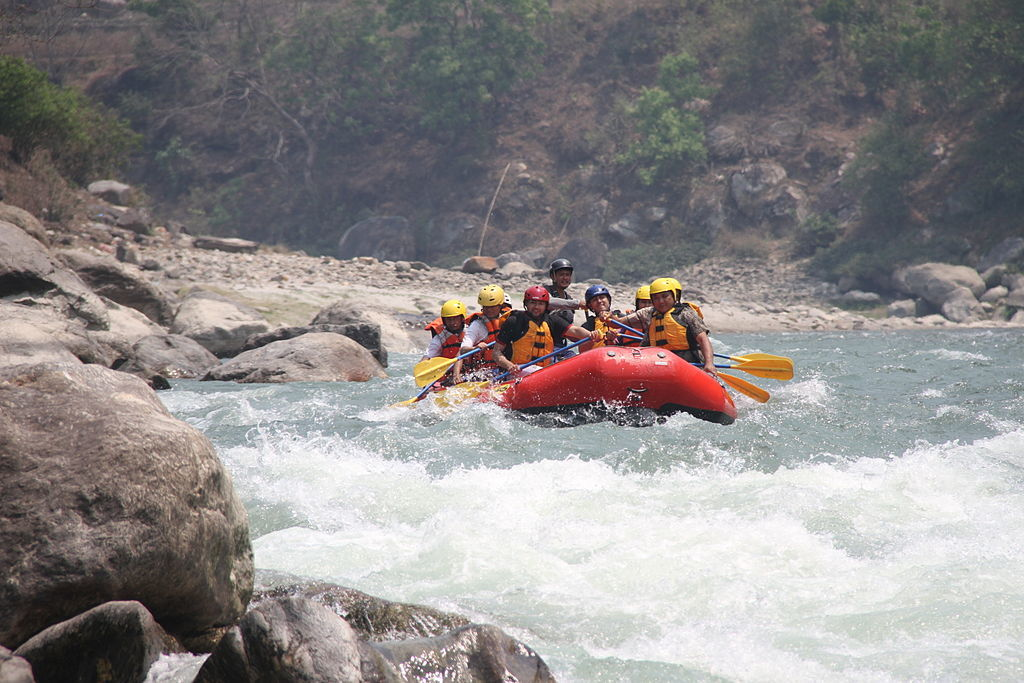 Rafting_at_Bhotekoshi_River_Nepal